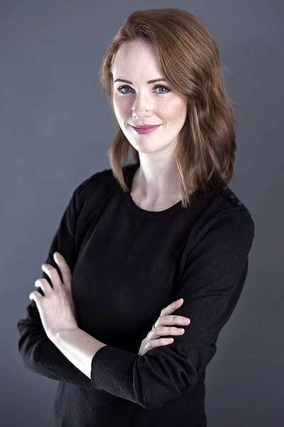 Headshot photography of Heather